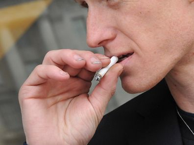 La mortalité prématurée chez les petits fumeurs résulte surtout de cancers du poumon.