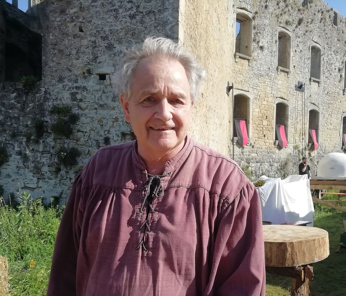 Georges Simon from Friends of Koerich Castle, explains the ruins date back to 1338