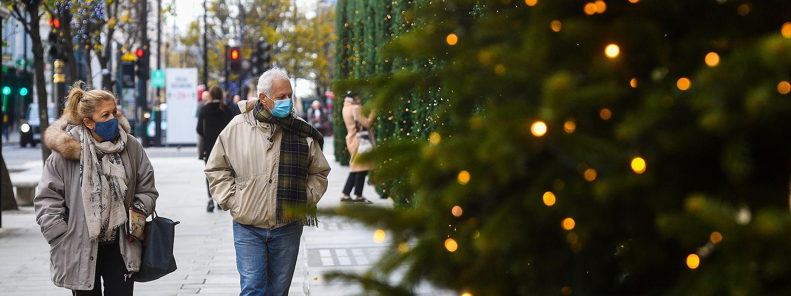 Die deutschen Bundesländer fordern vor den Beratungen mit Kanzlerin Angela Merkel strengere Kontaktbeschränkungen. Für Weihnachten und Silvester sollen aber Sonderregeln gelten.