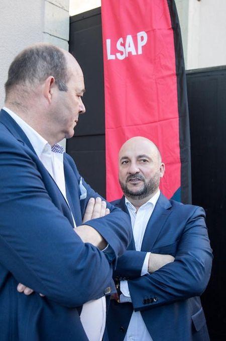 Claude Haagen, Etienne Schneider (r.): Parteipräsident und Spitzenkandidat mussten zwar am 14. Oktober eine weitere Wahlniederlage hinnehmen; zum Regierungsverbleib reichte es dennoch.