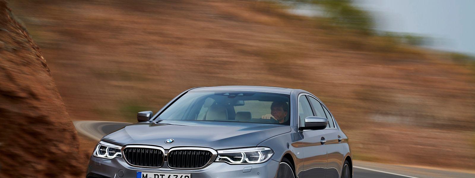 """Der neue BMW 5er fährt mit """"präziseren Formen"""" vor, ohne den Vorgänger alt wirken zu lassen."""