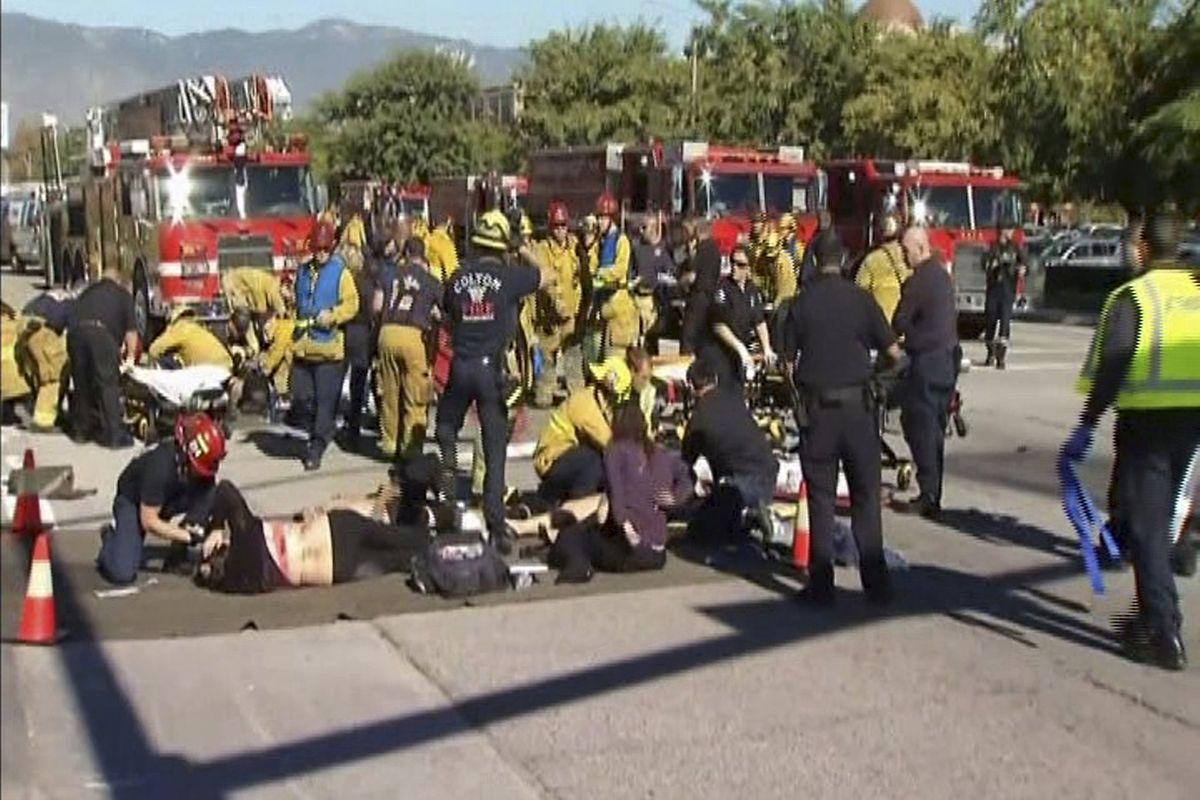 Auf einem nahegelegenen Parkplatz wurden die Verletzten erstversorgt.