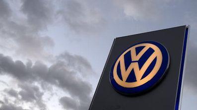 Schon wieder ist VW im Visier der Behörden.