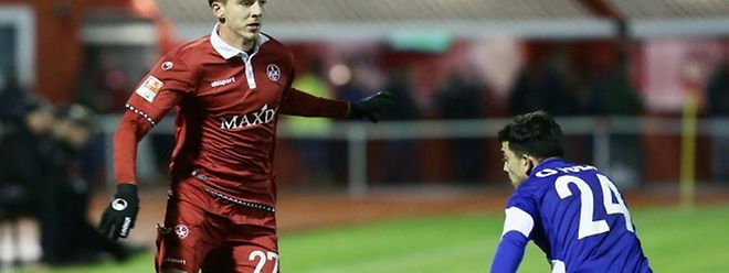 Maurice Deville (l.) kann sich nun in der 3. Liga beweisen.
