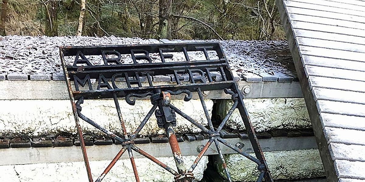 """Dieses Foto aus Norwegen zeigt """"mit hoher Wahrscheinlichkeit"""" das gestohlene Tor zum KZ Dachau."""