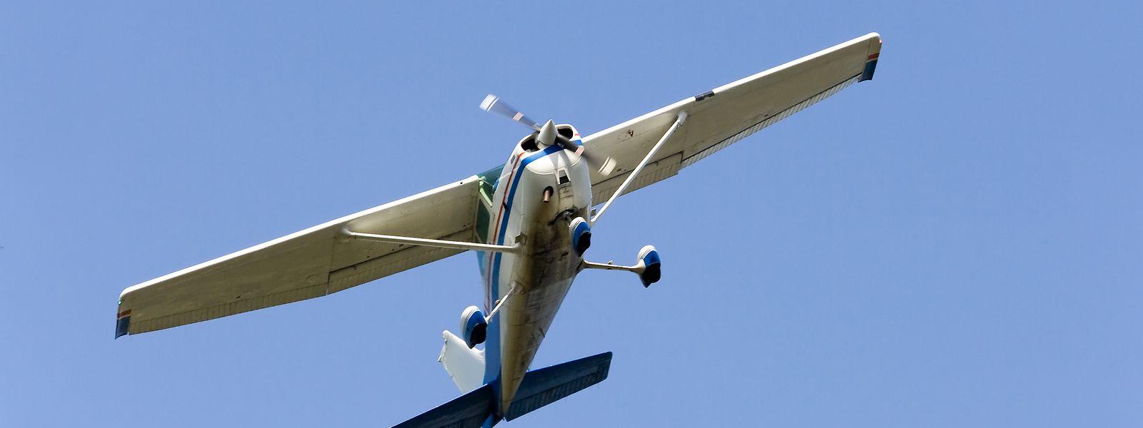 Hauptsächlich der Lärm der Leicht- und Sportflugzeuge macht den Anwohnern zu schaffen.
