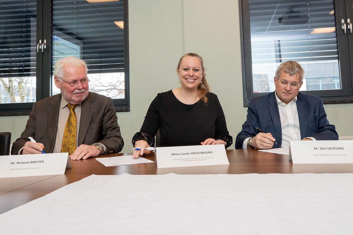 (de g. à dr.) Roland Breyer, président du SIACH, Carole Dieschbourg, ministre de l'Environnement, et Tom Ulveling, vice-président du SIACH