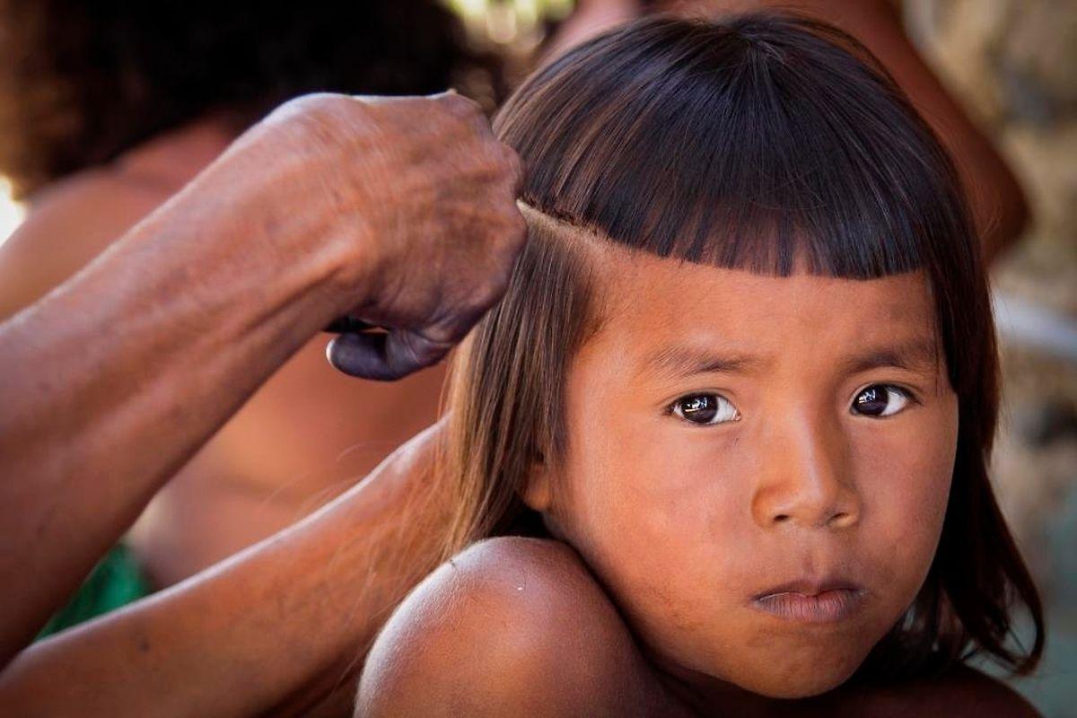 Indigenous boy in Brazil (Fondation Partage)