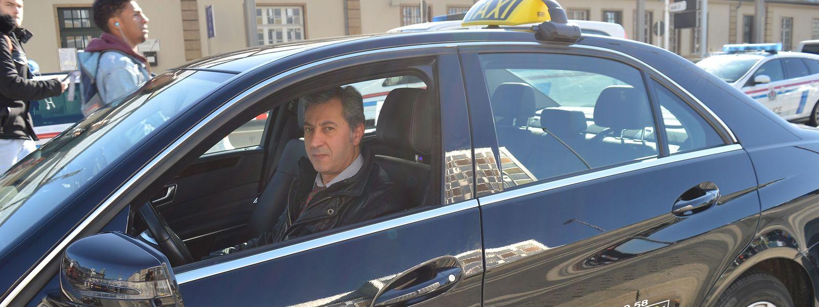 Rui Costa é taxista há cinco anos no Luxemburgo.
