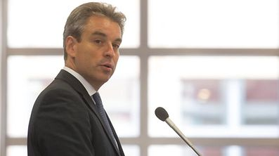 Minister Claude Meisch hofft, dass noch vor der Sommerpause zahlreiche Projekte vom Parlament gebilligt werden.