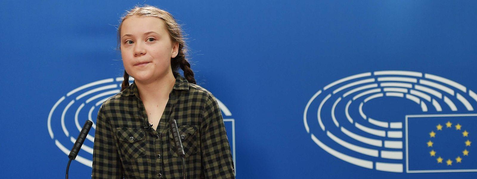 """Greta Thunberg im EU-Parlament am 16. April. Ihre Initiative """"Fridays for Future"""" wird von mehreren Bischöfen gelobt."""