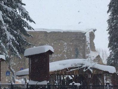 A Amatrice, une partie de l'église Sant'Agostino  s'est écroulée suite aux secousses.