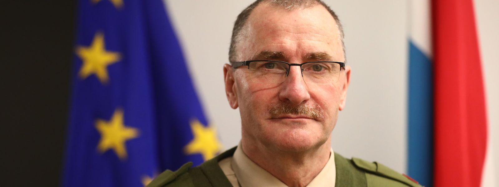 General Alain Duschène will gerichtlich gegen SPFP-Präsident Pascal Ricquier vorgehen. Dieser habe falsche Behauptungen in die Welt gesetzt.