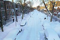 Eingeschneit: Dieses Foto stammt aus Chicago, wo solche Schneemassen etwas normaler sind, als zum Beispiel in Texas.