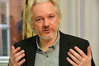 Julian Assange lors de la conférence de presse du 18 août 2014