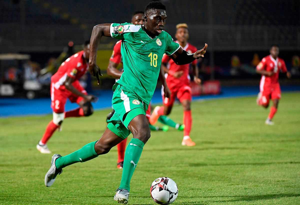 Ismaila Sarr, ici sous le maillot des Lions du Sénégal, a opté pour la Premier League et Watford.