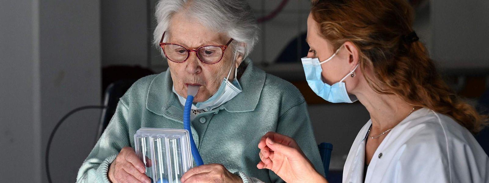 Au Grand-Duché, 89% des patients covid décédés avaient plus de 70 ans. Aucune victime de moins de 40 ans ne fait partie pour l'heure des disparitions liées à l'infection.