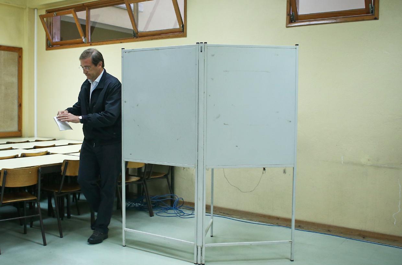 Passos Coelho votou pouco depois das nove em Massamá. O líder do PSD e actual primeiro-ministro disse esperar que a abstenção seja contrariada, apesar do mau tempo