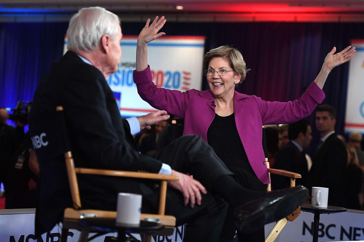 «J'en ai vraiment assez des milliardaires qui pensent que leur argent peut tout leur acheter», a déclaré Elisabeth Warren