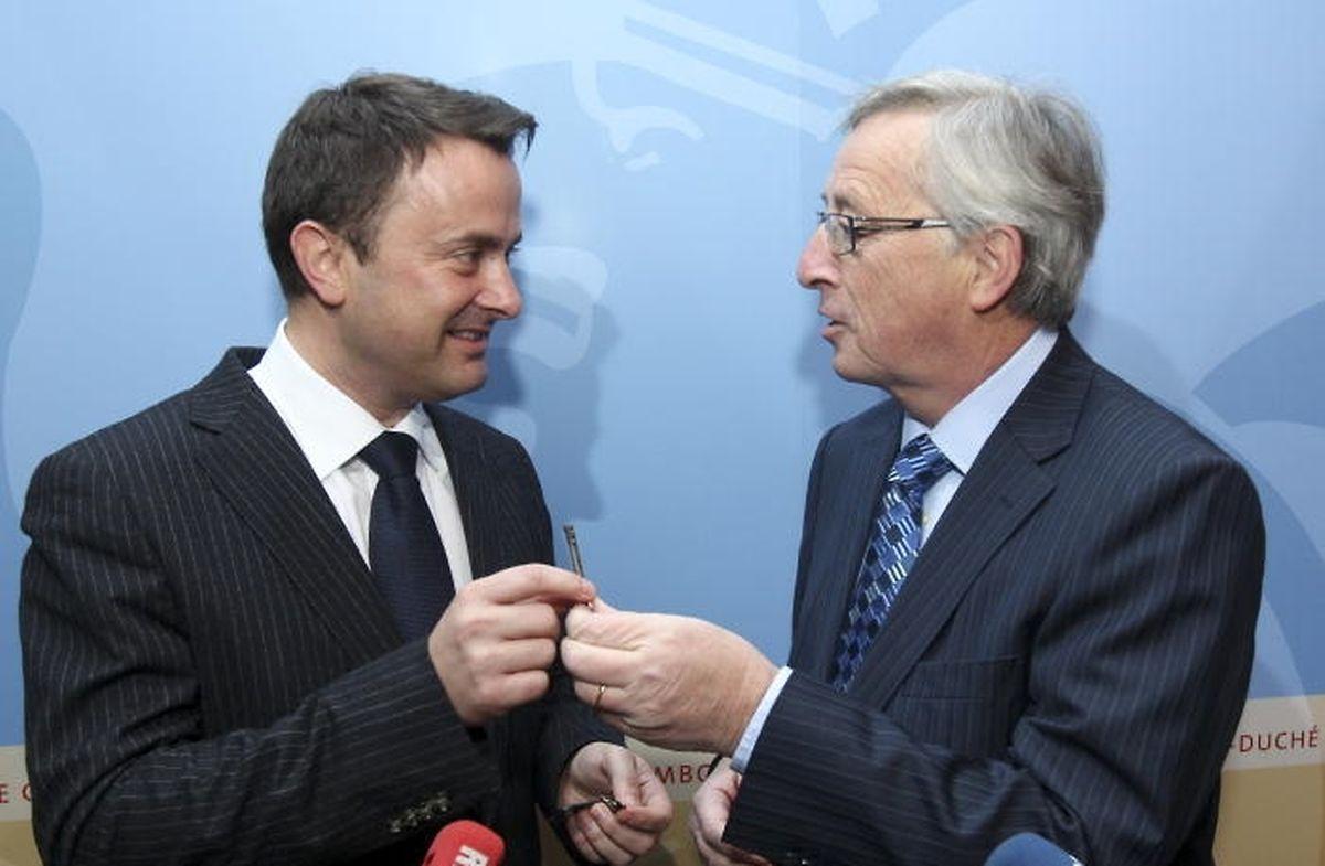 """Von Juncker zu Bettel: Die Affäre um die Geschäfte des Srel mit """"Hacking Team"""" stellt den neuen Umgang der Politik mit dem Geheimdienst auf die Probe."""
