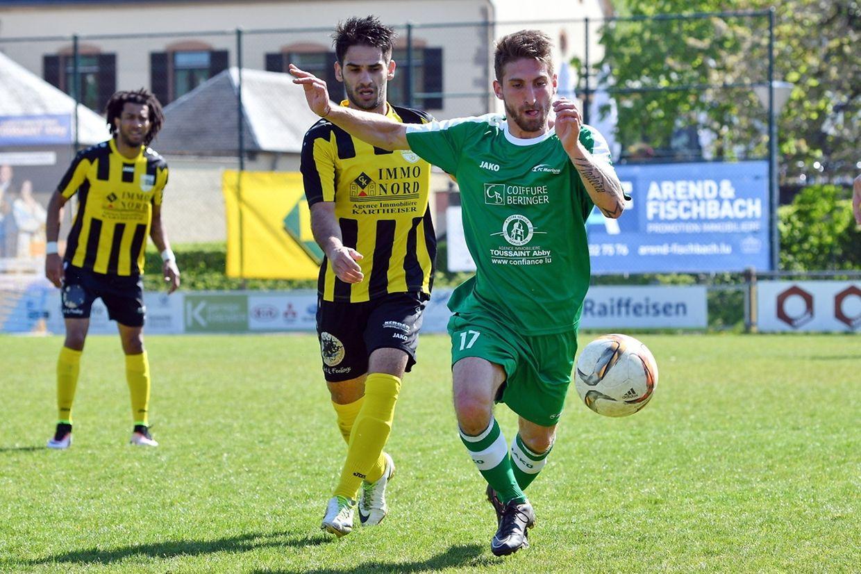 Mikael Trindade (Mersch) à la relance mais le Marisca s'est incliné 2-3 contre Bissen.