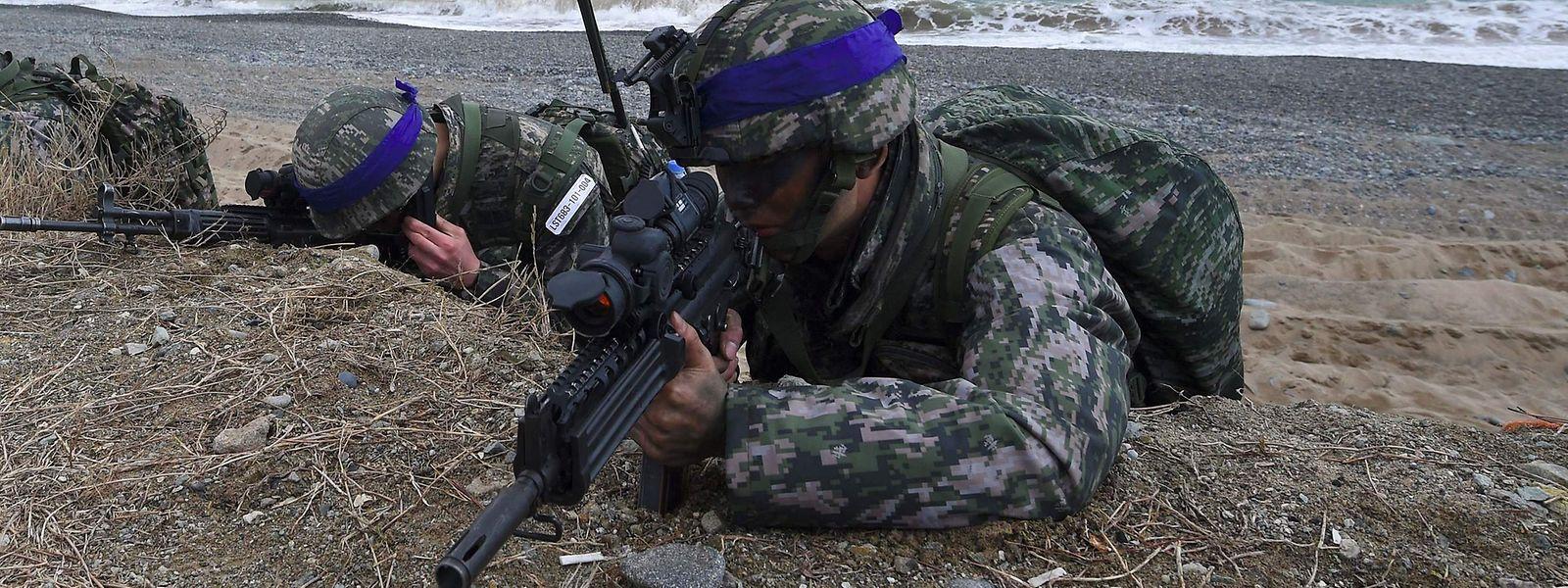 Die USA und Südkorea hielten in den vergangenen Jahren regelmäßig Militärübungen ab, um ihre Bereitschaft für einen Konflikt auf der koreanischen Halbinsel zu testen.