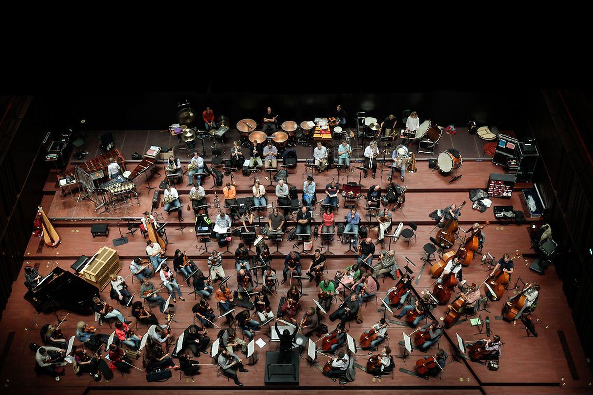 Séeance de travail  au grand auditoirum de la Philharmonie.