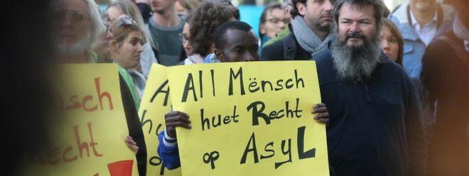 """Durch das neue Eilverfahren wird zwischen """"politischen Flüchtlingen"""" und """"Wirtschaftsflüchtlingen"""" unterschieden."""