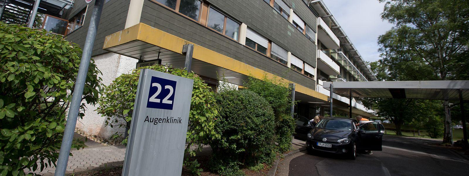 Am Universitätsklinikum des Saarlandes (UKS) werden jährlich etwa 2.500 Patienten aus Luxemburg behandelt. Im Bild das Gebäude der Augenklinik des UKS.