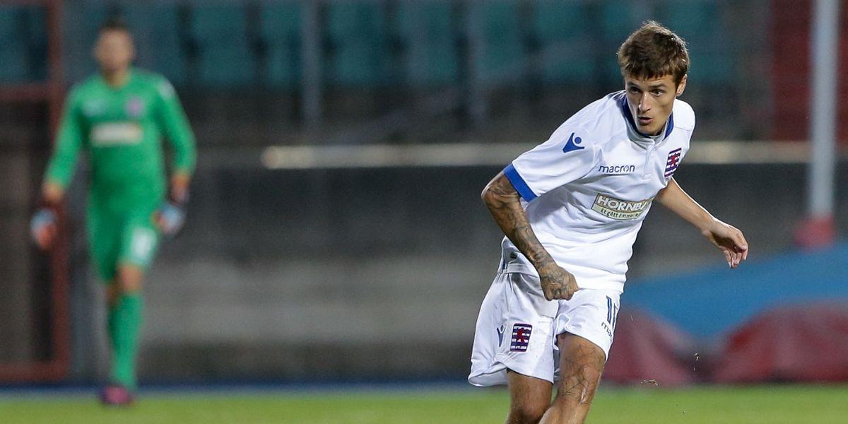 Sur le banc samedi, Vincent Thill devrait être aligné contre Saint-Marin pour faire sauter le verrou défensif.