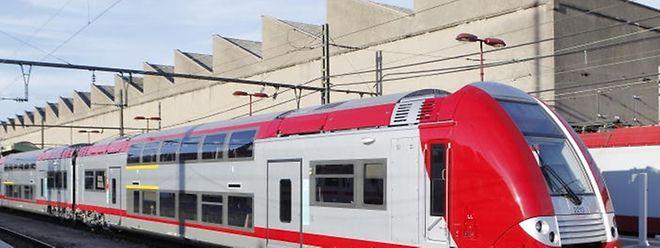 Schläge, Beleidigungen und Drohungen mussten sich ein Zugschaffner am Freitag im Zug von Brüssel nach Luxemburg gefallen lassen.
