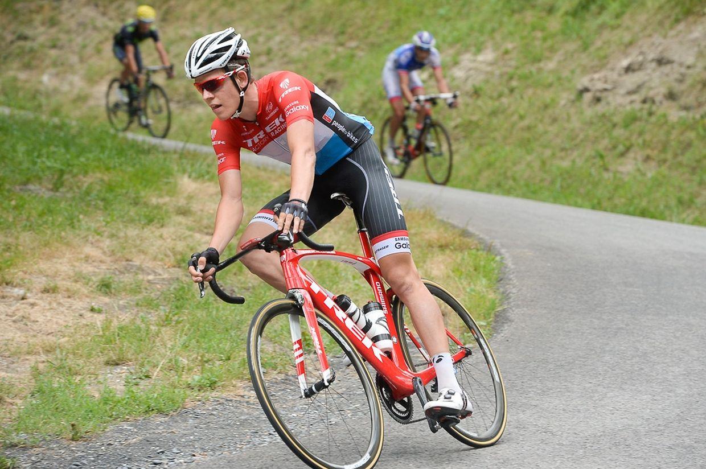Bob Jungels (Trek Factory Racing) in der Abfahrt des Col de Chaussy