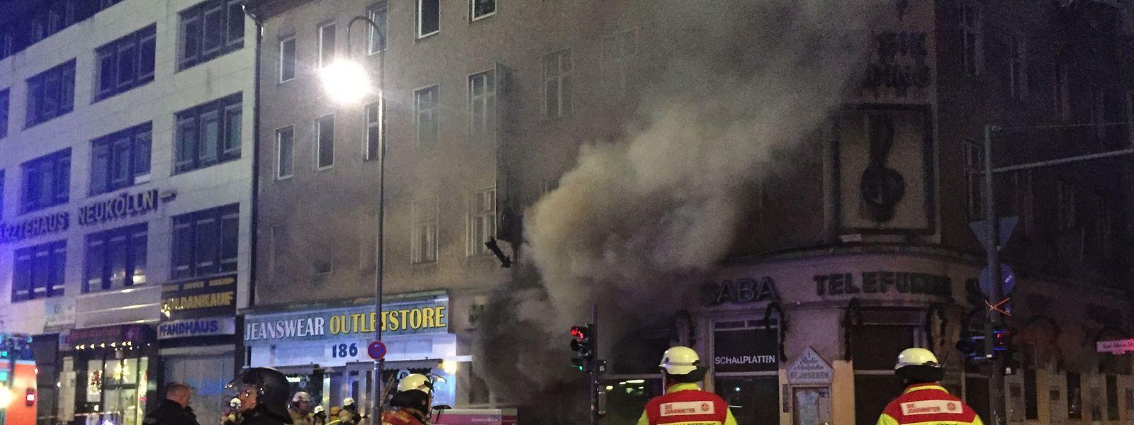 Auch Feuerwehrleute werden zunehmend Ziel von tätlichen Angriffen.