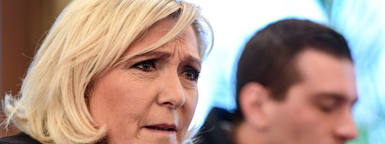 Marine Le Pen strebt die Präsidentschaft 2022 in Frankreich an.