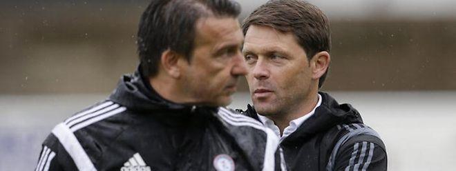 Nationaltrainer Luc Holtz (r.) will aus der Begegnung gegen Spanien auch seine Lehren für die Zukunft ziehen.
