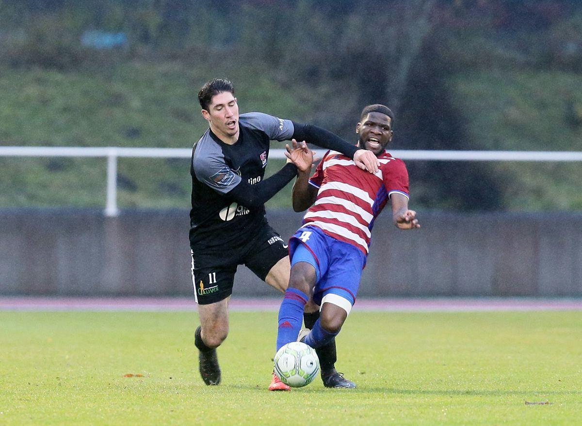 Caron-Dikaba: duel musclé et avantage au Fola!