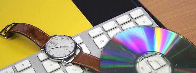 Die Ermittler wollen der geheimnisvollen CD mit dem aufgezeichneten Gespräch auf die Spur kommen.