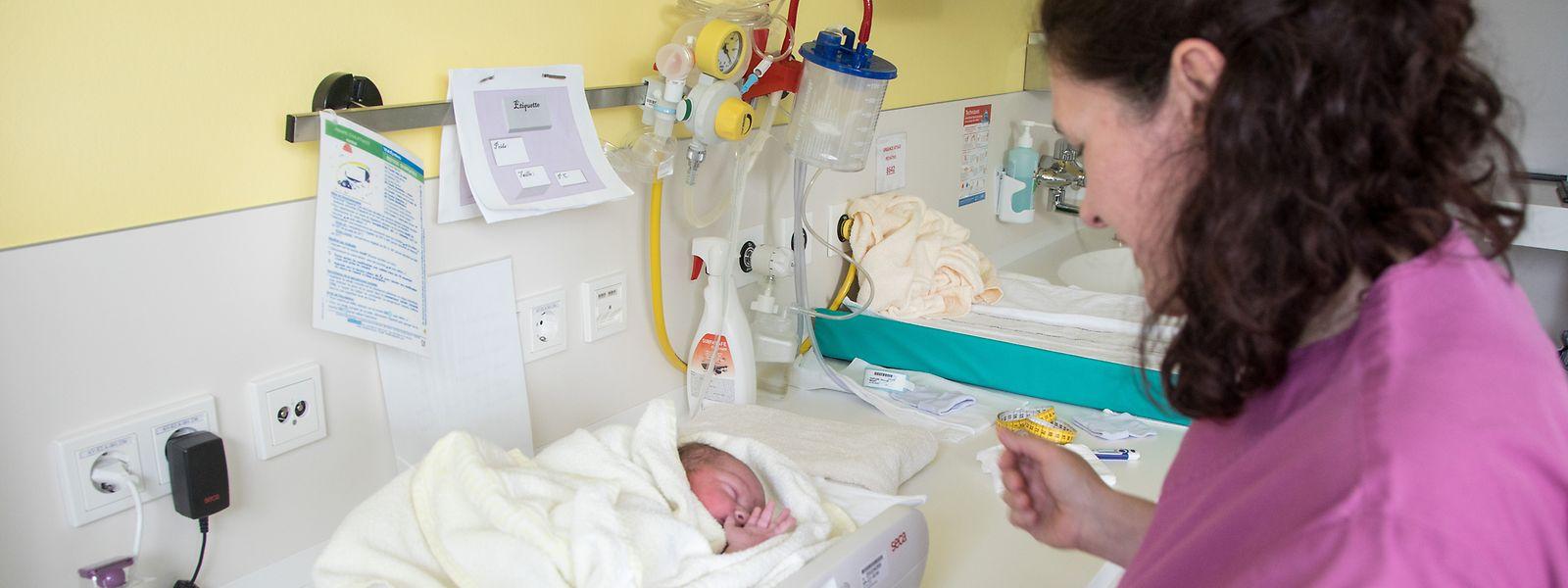 Rund 230 Hebammen kümmern sich im Großherzogtum um Neugeborene und ihre Mütter.