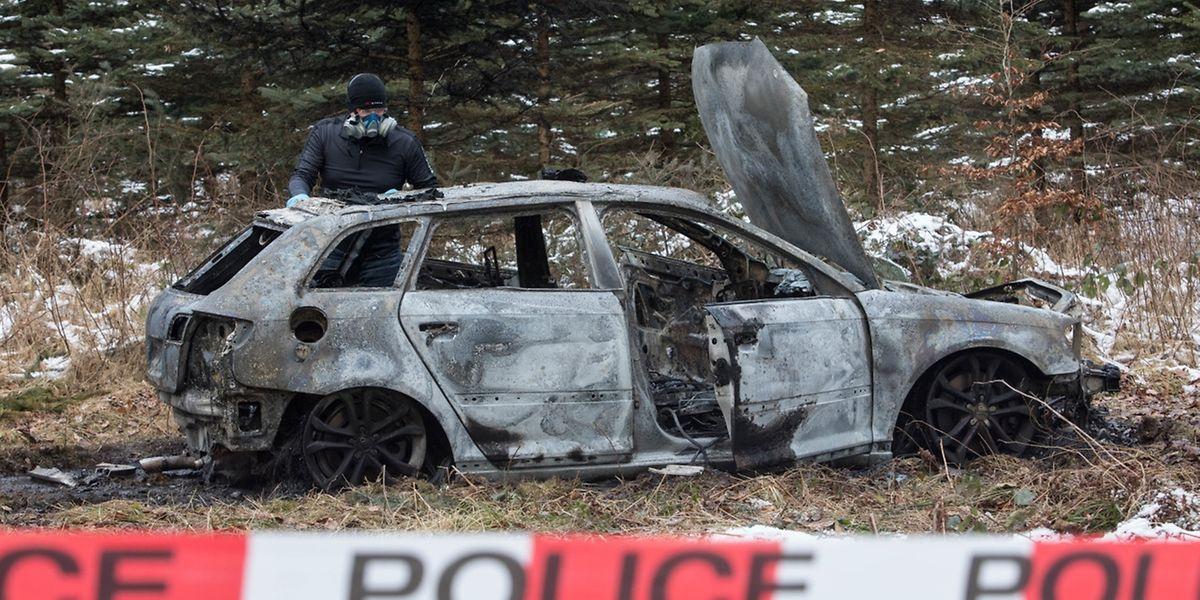 """Das ausgebrannte Auto wurde in Strassen, nahe des """"Fraiheetsbam"""" gefunden."""