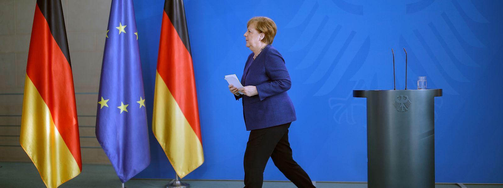 Angela Merkel et ses services doivent rencontrer les seize Etats régionaux pour évoquer le déconfinement du pays.