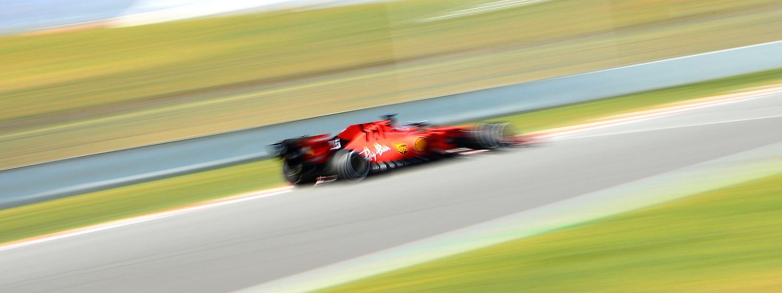 Die Ferraris wollen in der Formel 1 endlich wieder den WM-Titel gewinnen.