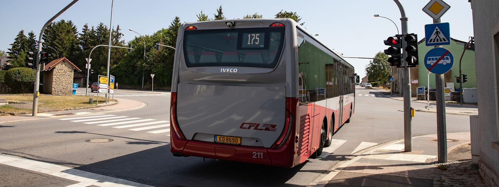 Freie Fahrt an allen Kreuzungen: Ein neues System soll Bussen auf wichtigen Verkehrsachsen stets grüne Ampeln bescheren.