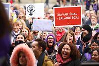 Lokales.Action de solidarité féministe pour la Journée Internationale des Femmes,place d'Armes. Foto: Gerry Huberty/Luxemburger Wort.