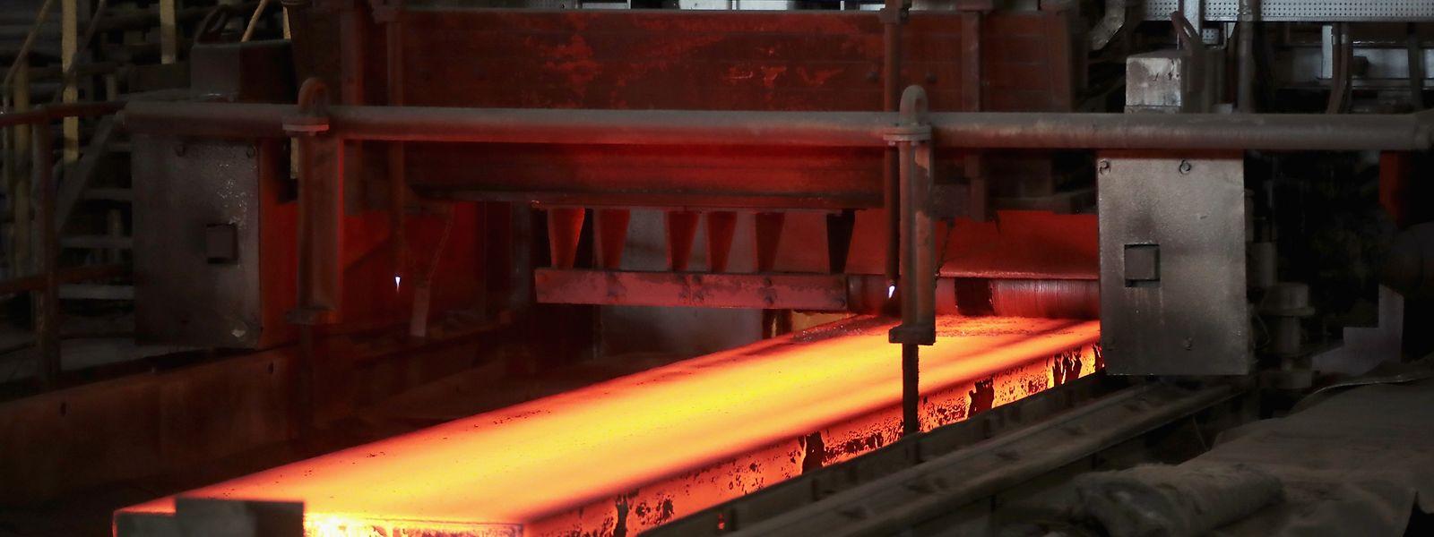 Auf die Importe werden nun Zölle in Höhe von 25 Prozent bei Stahl und zehn Prozent bei Aluminium fällig.