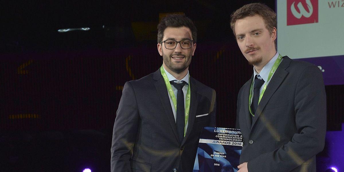 Jean-Philippe Hugo und Julien Weber von Wizata bei der Preisvergabe.