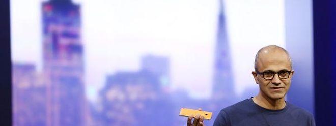 Satya Nadella versucht dem gestandenen Konzern frischen Wind einzuhauchen.