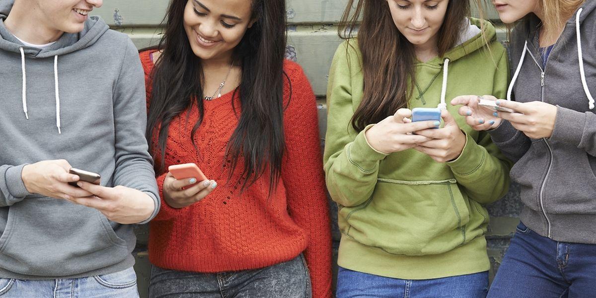 90% des moins de 25 ans sont sur les réseaux sociaux.