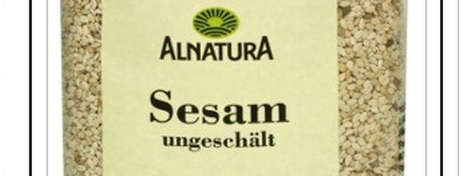 """Bei drei """"Alnatura""""-Produkten besteht der Verdacht, dass sie von Salmonellen befallen sind."""
