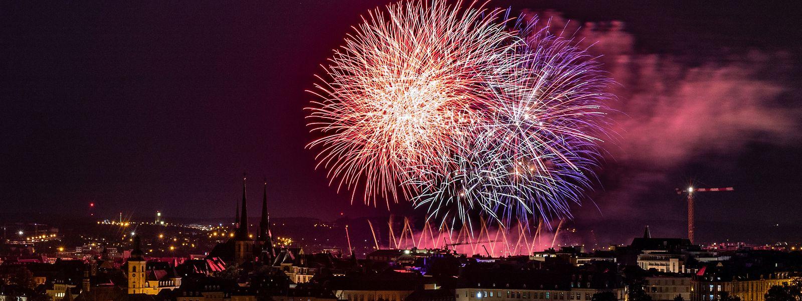 Das Feuerwerk zum Nationalfeiertag 2019 erhellte den Nachthimmel über der Hauptstadt.