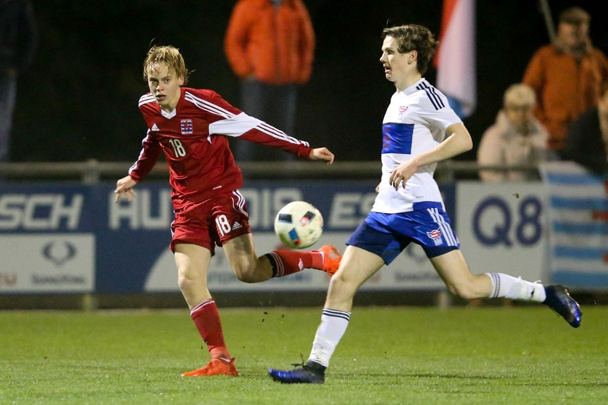 Ryan Johansson se retrouve en équilibre instable, mais le Luxembourg est parvenu à redresser la situation.